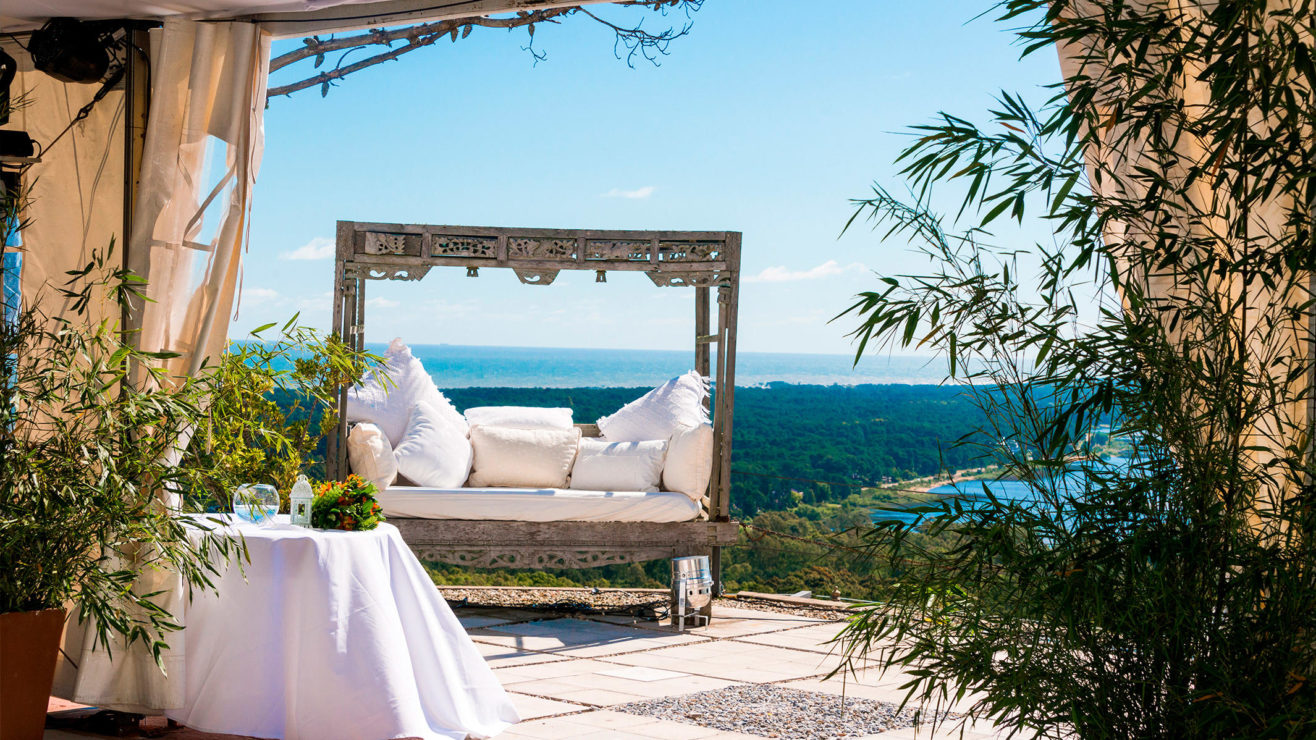 Resting spot with ocean view